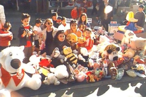 toy-library-campaign-2002-04.jpg