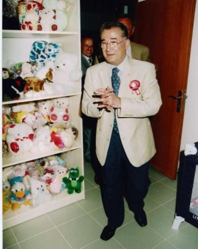 toy-library-campaign-2002-17.jpg